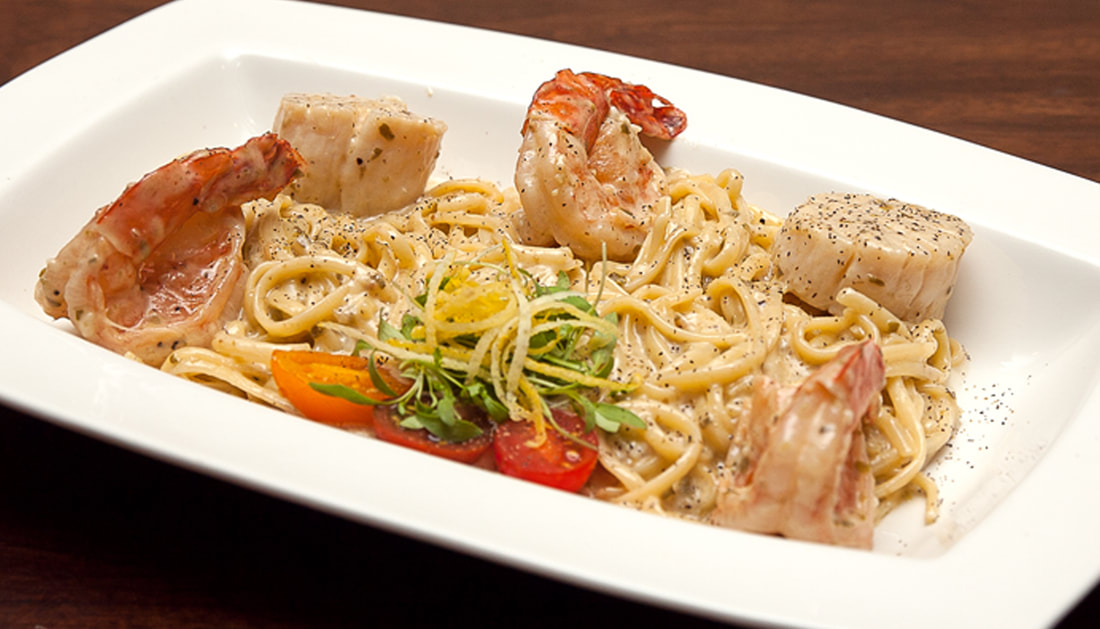 Seafood Linguini -- Mallory's Restaurant & Rooftop Bar, © 2020